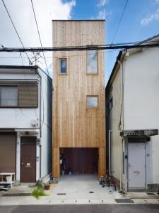 5144f2c7b3fc4b88c6000086_house-in-nada-fujiwarramuro-architects_oishi2167920001-750x1000
