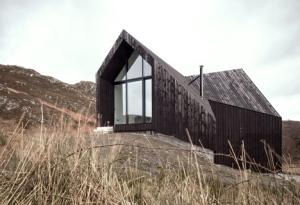 Camusdarach-Sands-by-Raw-Architecture-Workshop_dezeen_1