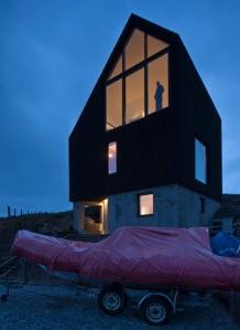 Camusdarach-Sands-by-Raw-Architecture-Workshop_dezeen_15