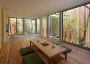 dezeen_House-in-Nishimikuni-by-Arbol-Design_8