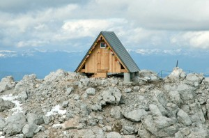 52e70364e8e44e9906000245_camping-luca-vuerich-giovanni-pesamosca-architetto_27-1000x663