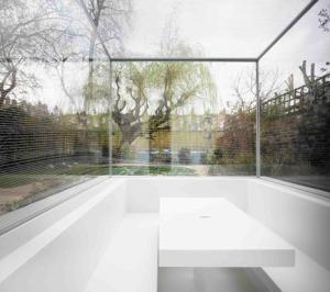 White_on_White_house_by_Gianni_Botsford_Architects_dezeen_468_1