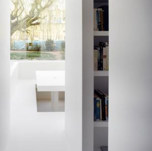 White_on_White_house_by_Gianni_Botsford_Architects_dezeen_468_13