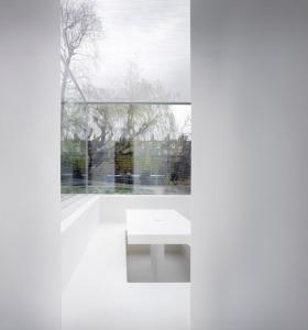 White_on_White_house_by_Gianni_Botsford_Architects_dezeen_468_4