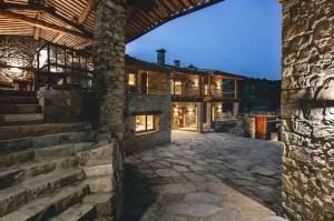 546ac905e58ecea75a000107_housing-rehabilitation-in-la-cerdanya-dom-arquitectura__mg_8144-1000x666