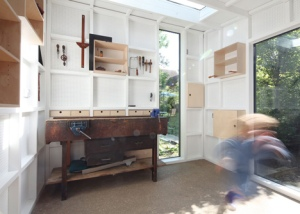 Garden-workshop-in-Cambridge-by-Rodic-Davidson-Architects_dezeen_20