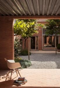 House-1014-in-Barcelona-by-HARQUITECTES_dezeen_468_16