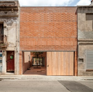 House-1014-in-Barcelona-by-HARQUITECTES_dezeen_468_17