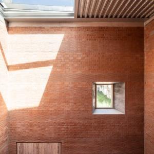 House-1014-in-Barcelona-by-HARQUITECTES_dezeen_468_4