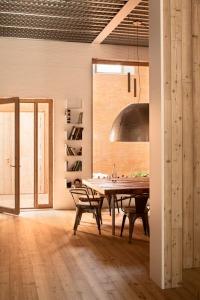 House-1014-in-Barcelona-by-HARQUITECTES_dezeen_468_7