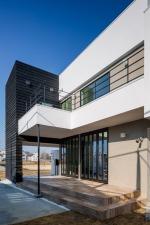 Circle-House-by-Kichi-Architectural-Design_dezeen_468_10