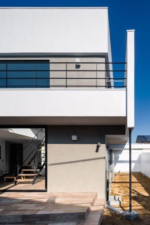 Circle-House-by-Kichi-Architectural-Design_dezeen_468_11