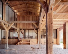 German-barn-conversion_Thomas-Kroger_dezeen_468_3