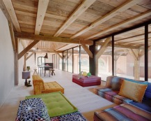 German-barn-conversion_Thomas-Kroger_dezeen_468_8