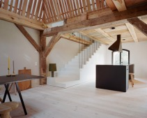 German-barn-conversion_Thomas-Kroger_dezeen_468_9