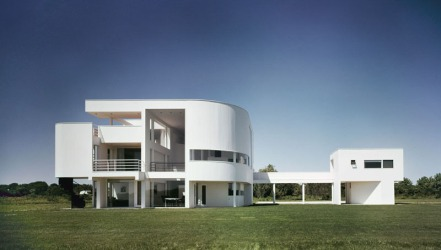 5329e961c07a8006ff0000dc_ad-classics-saltzman-house-richard-meier-partners-architects_51ee-011c