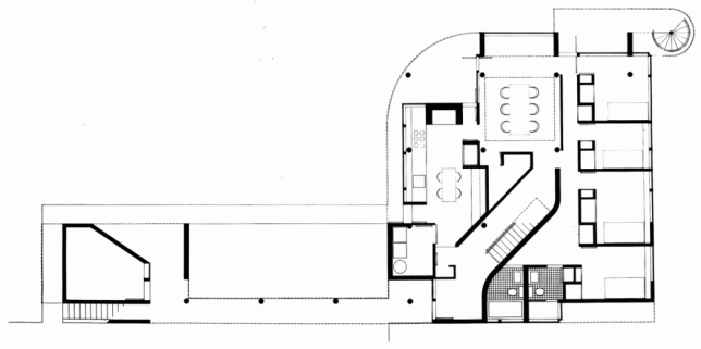 5331ee4ec07a808489000003_ad-classics-saltzman-house-richard-meier-partners-architects_rmp_saltzman_house-lower_level_floor_plan-1000x499